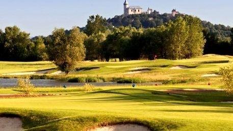 Rodina TMR se rozrostla o další hřiště - vítáme nového člena, krásný resort Golf & Spa Kunětická hora
